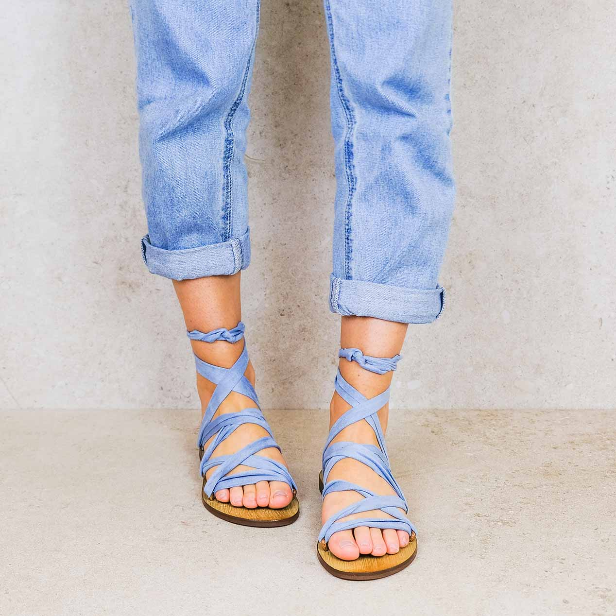 Baby-blue_suede ribbons linten lintsandalen sandals travelsandals vegan sustainable sandals wikkelsandalen