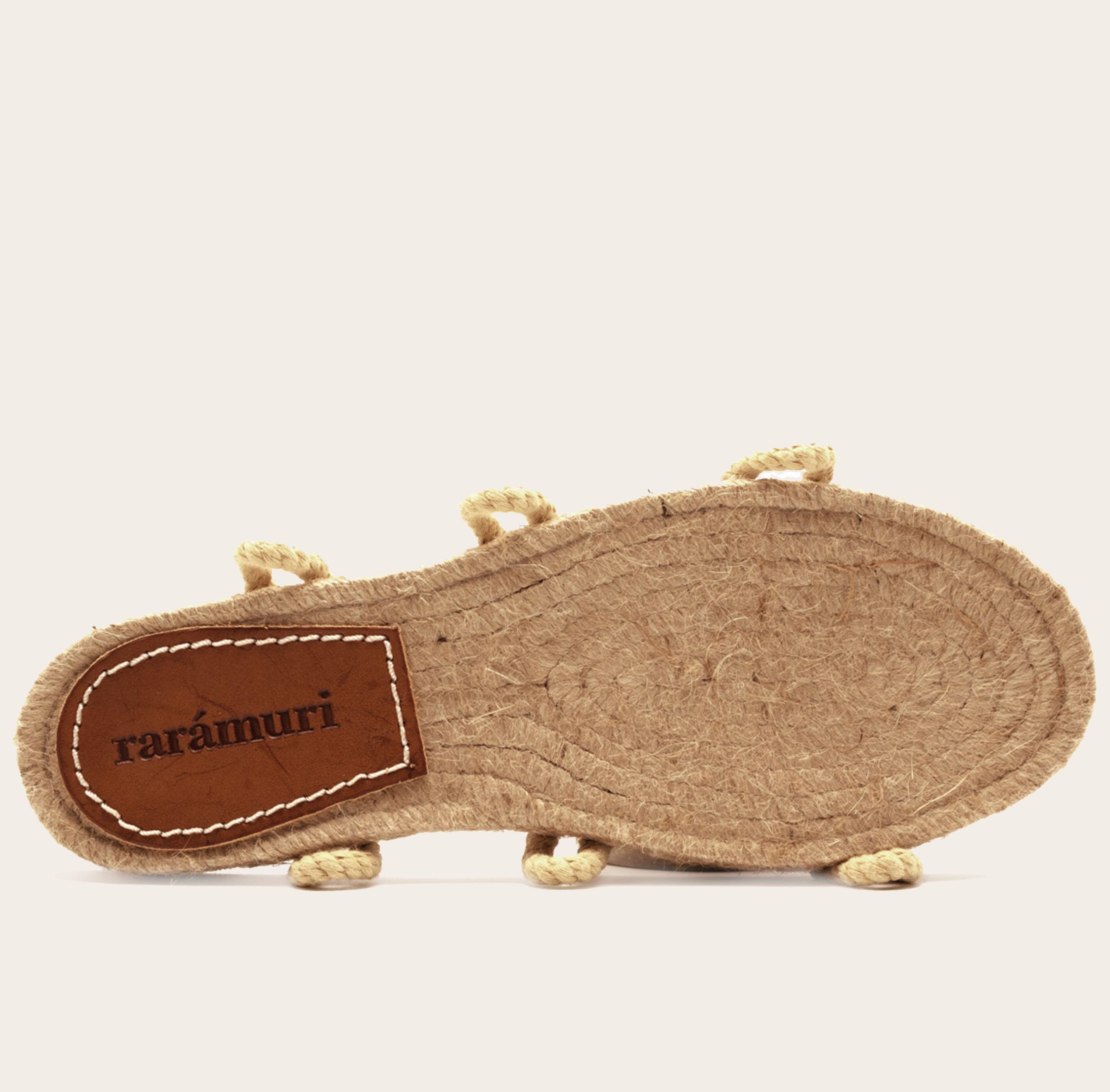 Cruz-voetbed-beige