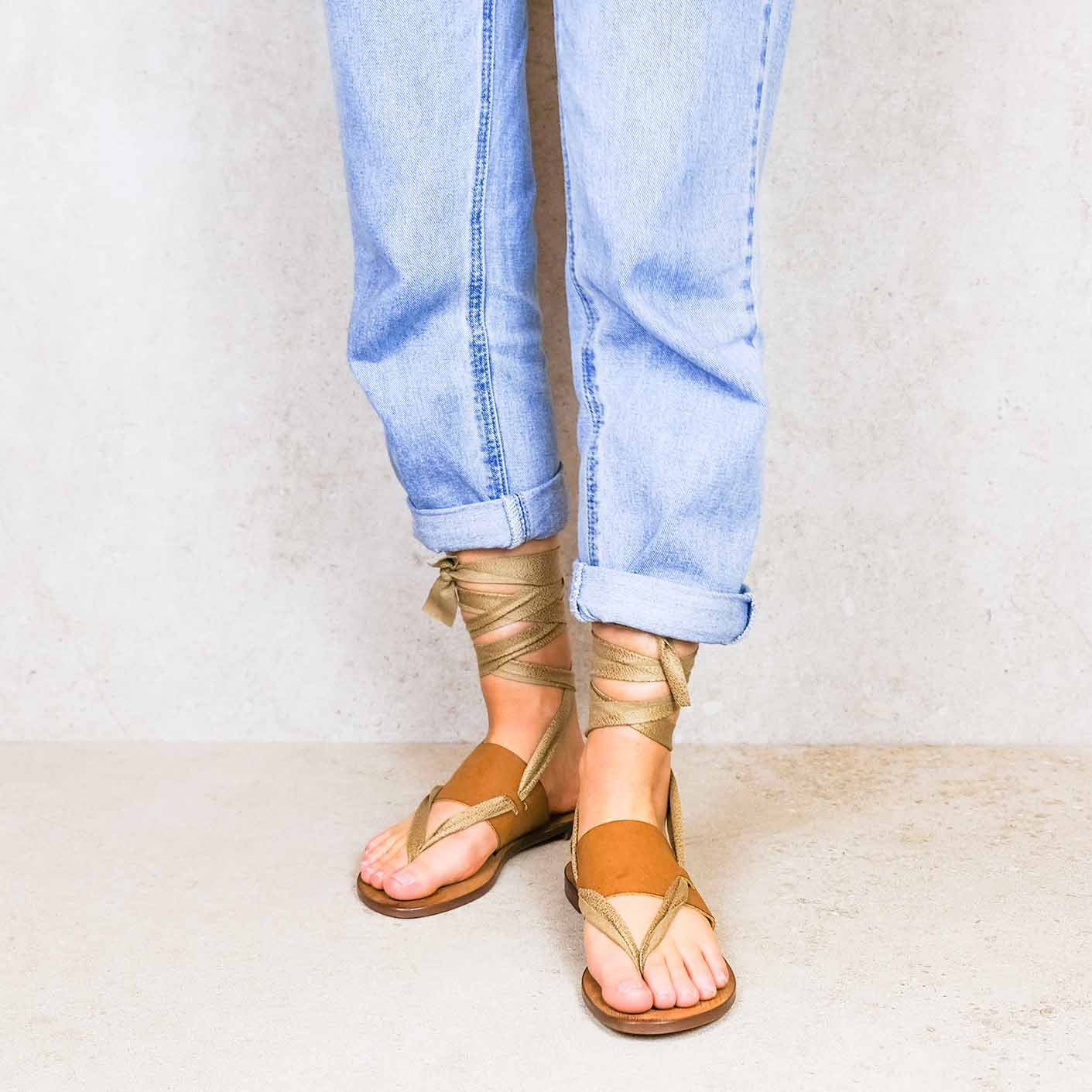Desert-sand_desert ribbons linten lintsandalen sandals travelsandals vegan sustainable sandals wikkelsandalen