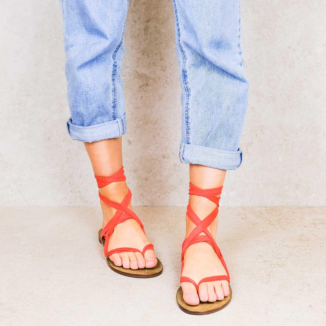 Devils-red_suede ribbons linten lintsandalen sandals travelsandals vegan sustainable sandals wikkelsandalen