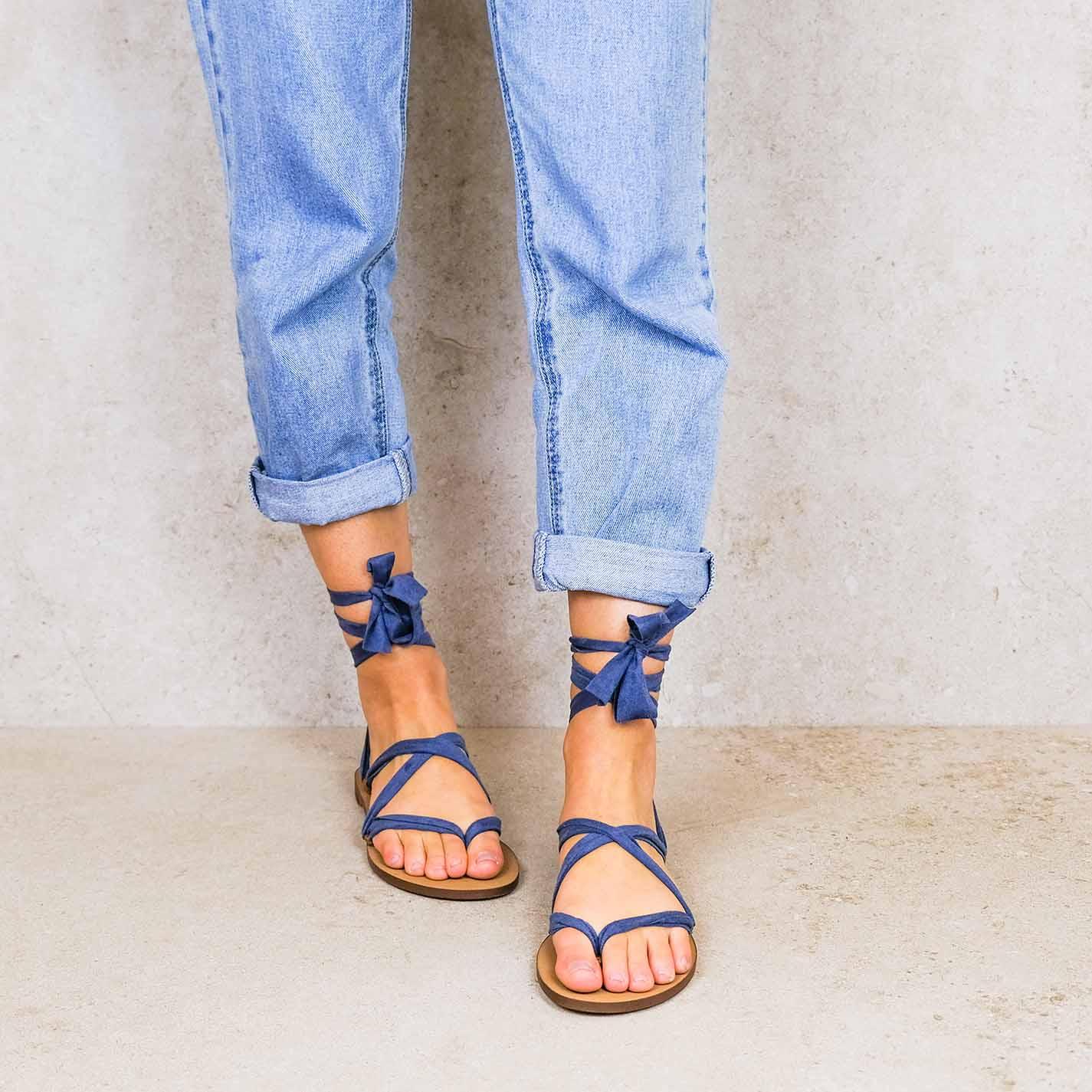 Navy-blue_suede ribbons linten lintsandalen sandals travelsandals vegan sustainable sandals wikkelsandalen