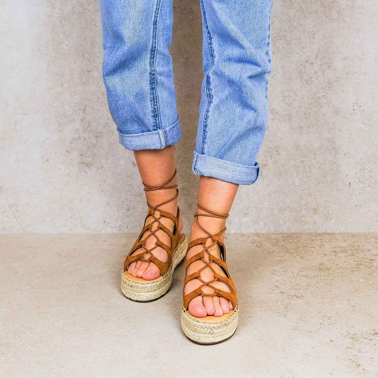 Rafa-brown_lintsandalen sandals travelsandals vegan sustainable sandals wikkelsandalen